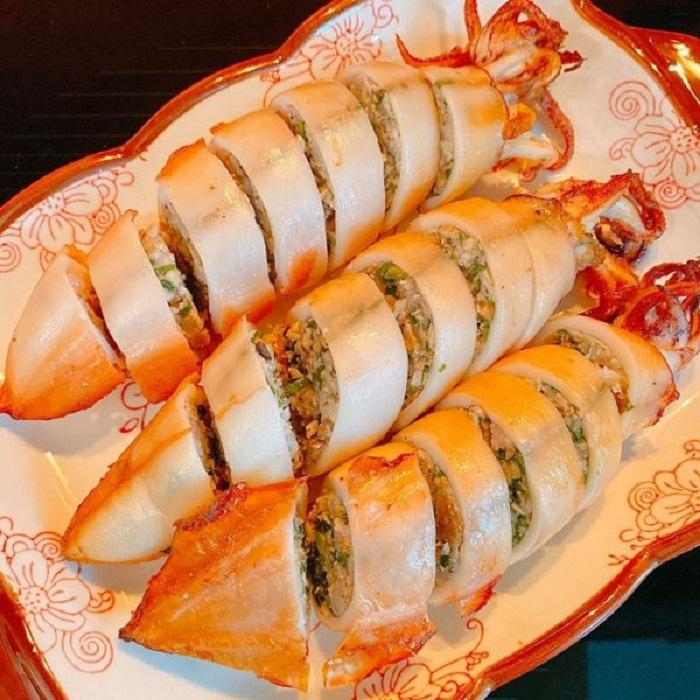 Mực ống nhồi thịt chiên nước mắm ăn bao nghiền